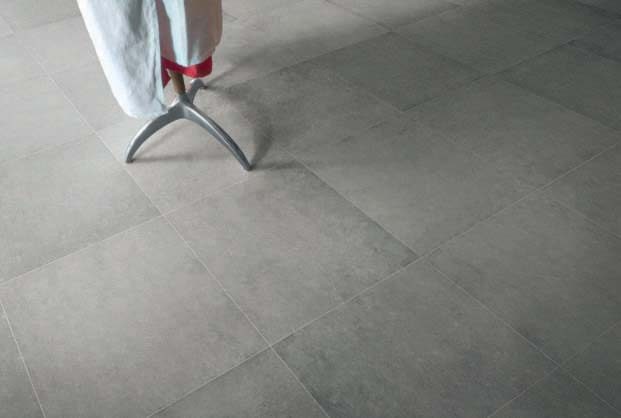 A particular tupe of Portuguese stone is widely used in the ancient Renaissance buildings. Lagos reinterprets this limestone rock with a very modern cut, providing sizes, patterns and colors that recall a contemporary classic style.