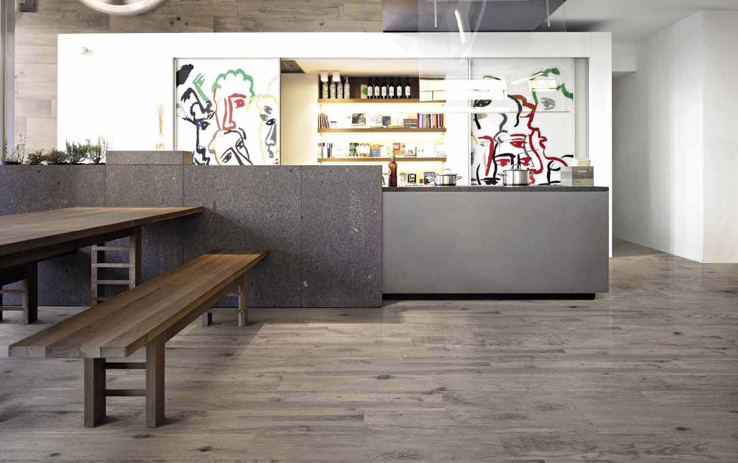 Wood Talk, a high-performance technical product, proposes a selection of different woods that endow spaces with a modern look inspired by nature.
